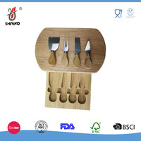 Round shape pizza cutting board with knife and fork