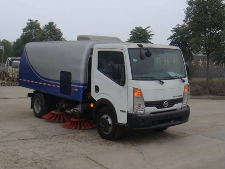 New Nissan 4x2 Road Sweeping Truck for sale!
