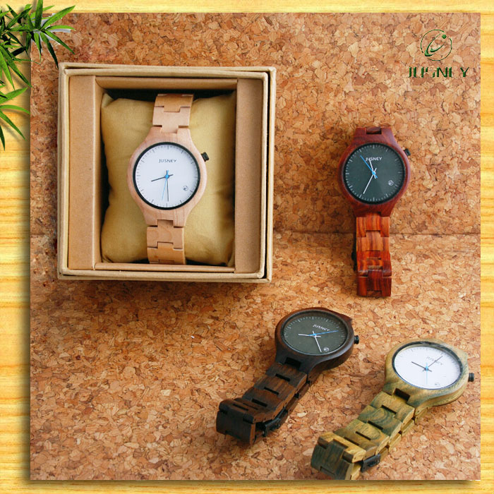 2016 Popular Christmas Gift Laies Fashion Wooden Watch In China