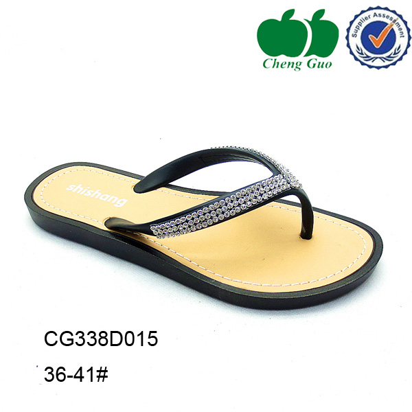women flat cheap flipflop v strap pvc slippers