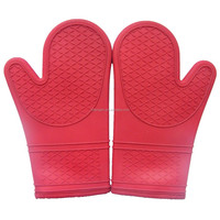 China Kitchen Baking Heat Resistant New Oven Rubber Silicone Gloves Pattern