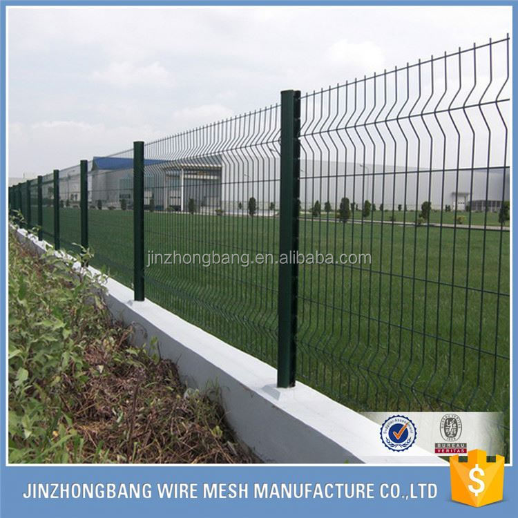 curvy welded wire fence mesh