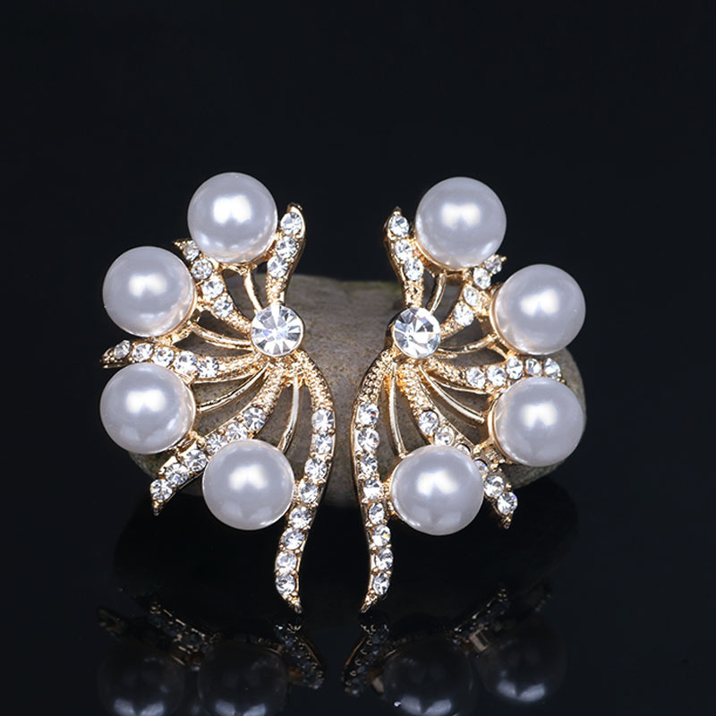 New Butterfly Wings Pearl Earrings Exaggerated Earrings Diamond Earrings Women Fashion Jewelry Wholesale
