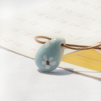 Celadon simple customed fashional design flower wood flower accessory pendant