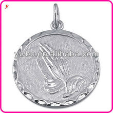 Fashion Wholesale Polished and Textured Disc for Serenity Prayer with Praying Hands,Keychain Charm or Pendant Necklace Factory