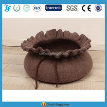 special interesting wallet shape pet bed