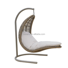 Unique egg shape outdoor single seat hanging garden swing Hot selling Outdoor hanging egg chair leisure Swing Chair/Hammocks