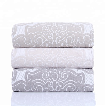 2018 new design fashion 100% cotton jacquard home royal bed blanket