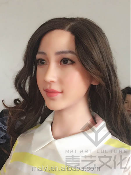 Lifesize Celebrity Silicone Wax Figure of AngelaBaby