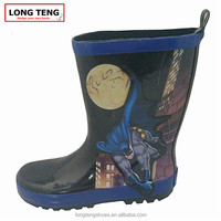 High quality rain boots made of natural rubber custom logo rain boots shoe