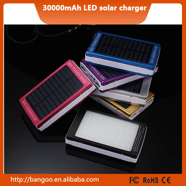 Portable mobile power bank solar charger,30000MAH 2000MAH Emergency power supply high capacity solar mobile station