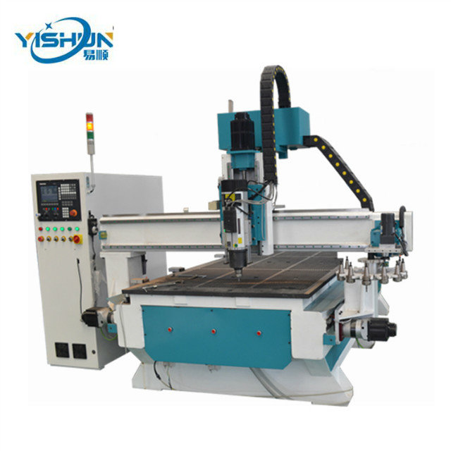 Hot sale Japan Yaskawa motor 1530 atc cnc furniture making router machine for wood Bed