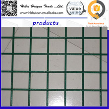 Production application hog plastic coated welded wire mesh panel