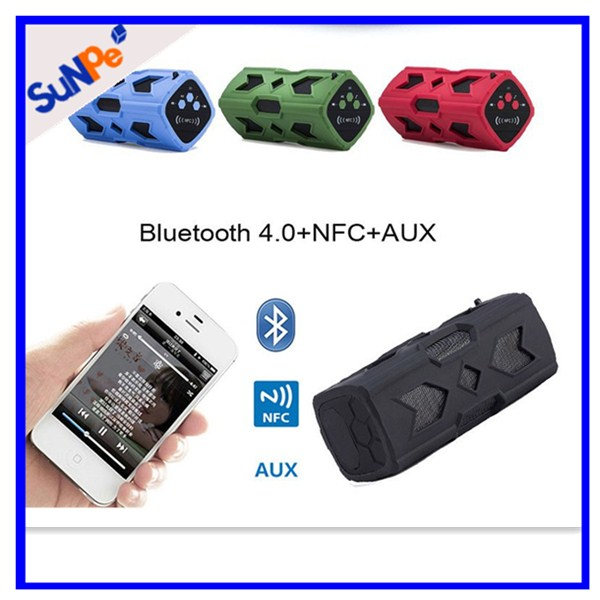 Outdoor 4000mah Power Bank Waterproof Dual Loud Speaker For Mobile Phone