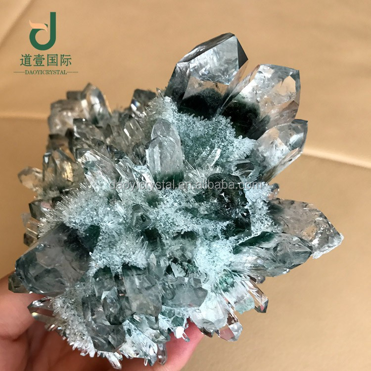 Wholesale pretty collective high quality Green phantom cluster crystal gemstone home decoration crystal mineral