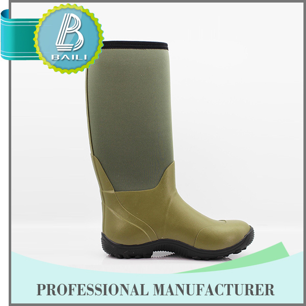 Best selling Environmental Summer black patent leather military boots