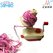 High quality plastic wool yarn winder hank winding machine hank to ball for needle crochet hand knitting tools of hats sweaters