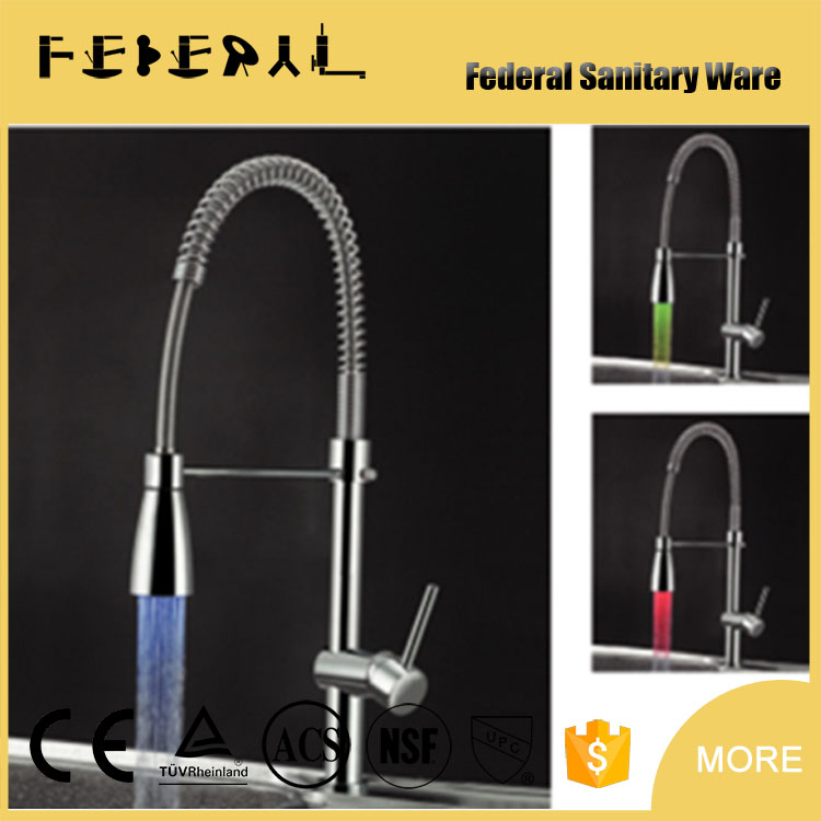 Best kitchen faucet LED light pull out down swivel spray solid gold faucet