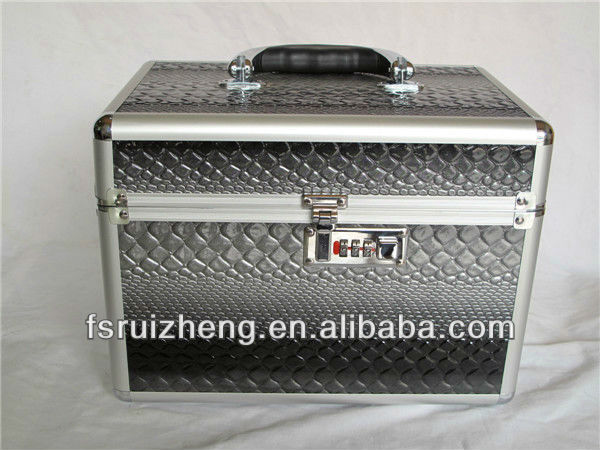 RZ-TMG29,Gray Aluminum Beauty Product Display Imitation Crocodile Skin Cases With Side Tray