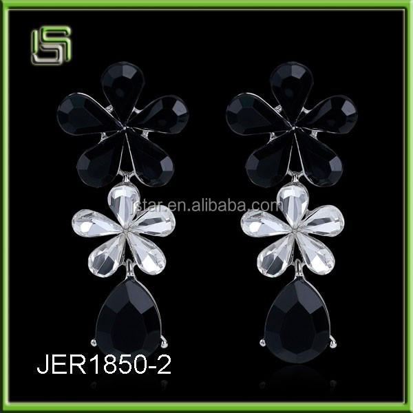 Ladies acrylic flower drops of diamond earrings