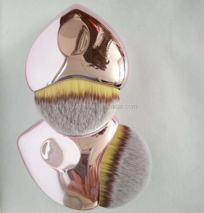 2017 New heart shaped synthetic hair makeup brushes BB Cream Brush