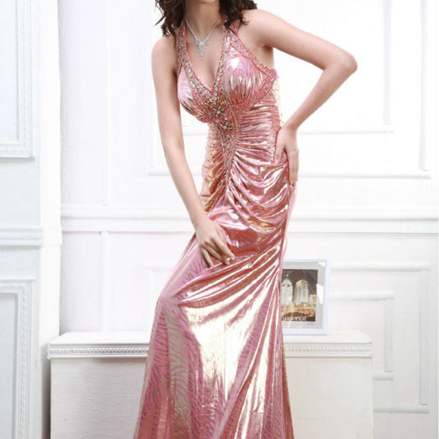 Fantastic Eye-catching Halter Sleeveless Bridesmaid Gowns beaded Prom Dress