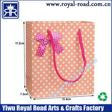 Dot printing pink color art paper gift bag with Bow Tie