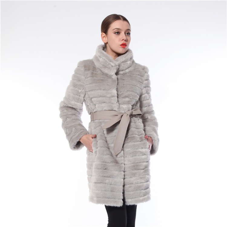 China Manufacturer Durable Warm Cheap Fur Coats