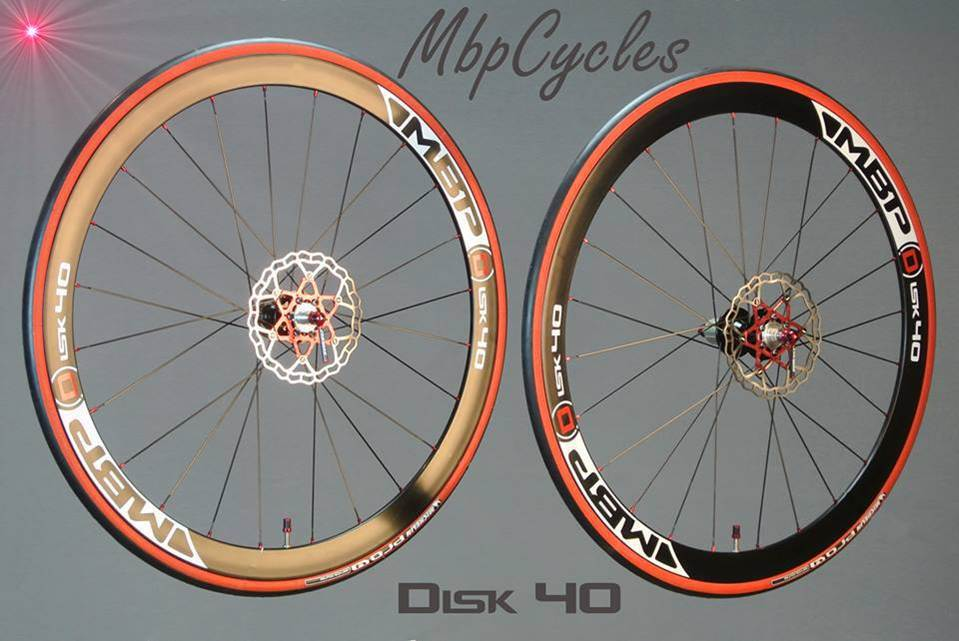 Taiwan Made Quality Road Carbon Customized Bike Wheels
