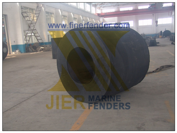 Floating Rubber Fenders Cylindrical Type