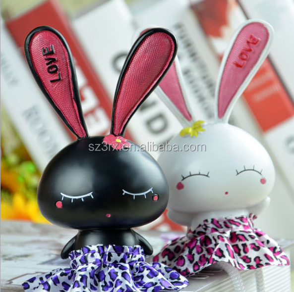 customized cute bunny vinyl toy/make custom safe plastic vinyl toy OEM factory/vinyl toy made in china