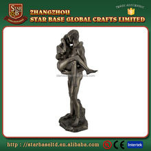 Romantic lover embrace crafts lovely home decoration resin couple figurine