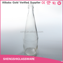 New Design Clear Empty 700ml Beverage Bottle Glass with Screw Cap,Vegetable Juice Bottle