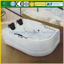Free standing whirlpool massage bathtub with 2 head rest pillows