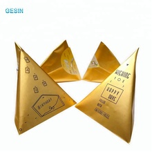 China supplier OEM custom new product triangle gift bag fancy paper printed coin envelope with brad