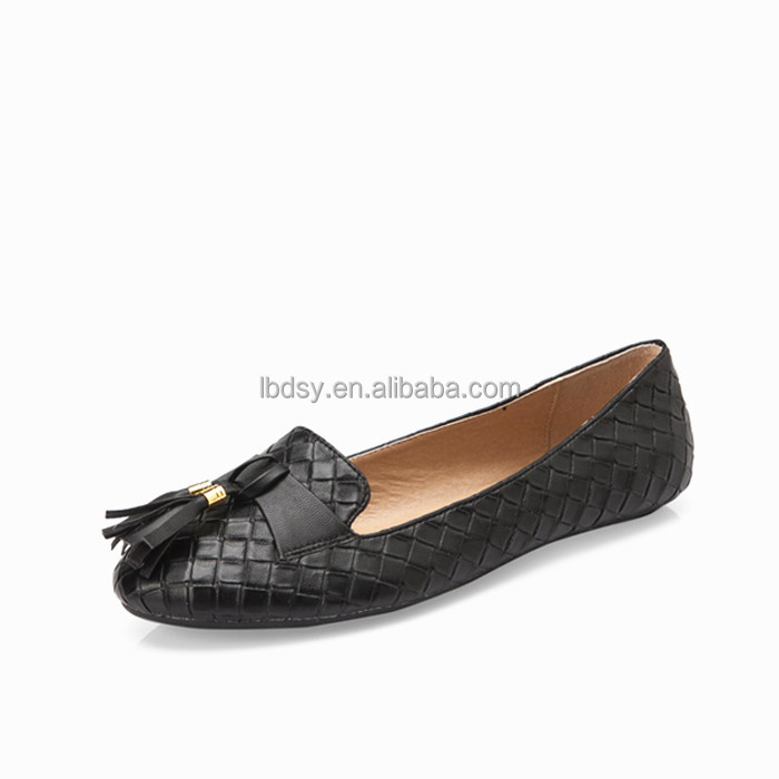 New fashion and simple design wholesale women chinese brands shoes