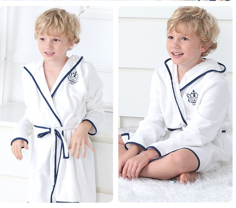 2015 Latest Fashion Designs Terry Bath Robe Cotton Long Sleeve White Robe Embroidered Kimono Bathrobe Children