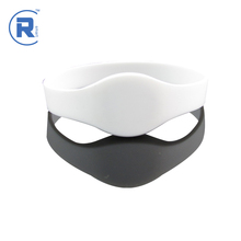 Fashion woven nfc pvc epoxy wristband with best quality