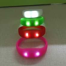 Light up custom wristbands/Motion sensor led silicon wristbands bracelets