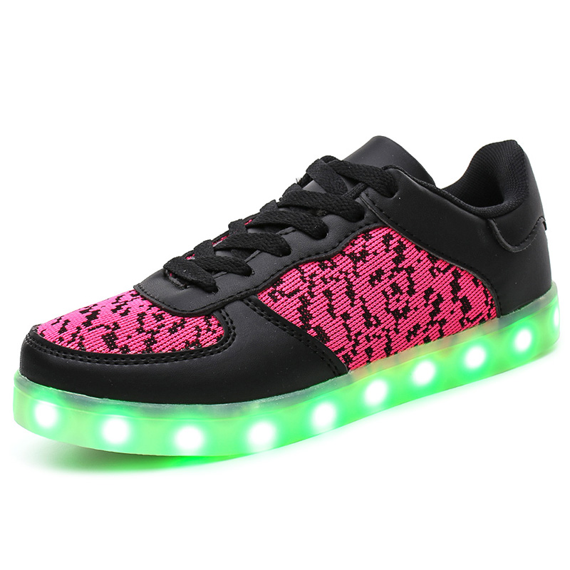 New model PU martial led shoes sneakers for kids,cheap famous brand children flashing light up shoes from china factory