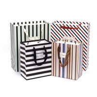 New Style Zebra Vertical Stripes Patterns Paper Bag Fashion Birthday Gift Packing Handgags Loving For Boyfriend Customize Size