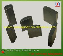 Tile shaped Ferrite permanent magnets