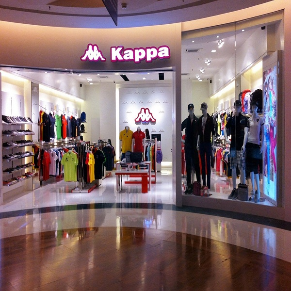 retail store transparent dress fashion show for display