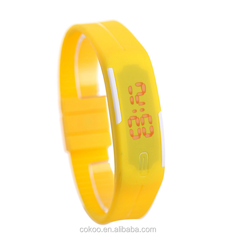 Electronic 2015 New Unisex Watches for Girls Kid Children LED Silicone Digital Wrist Watches Reloj Clock