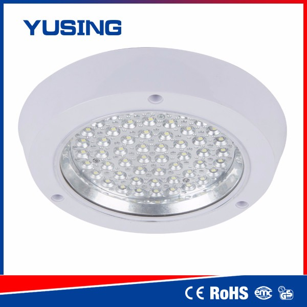 PMMA Glass Cover Balcony Movable Ceiling Light Fixture With Metal Housing