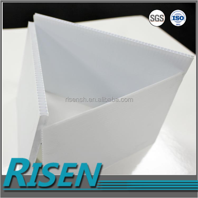 Wholesale impact resistant and fashion 4*8 PP corrugated plastic board