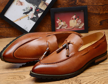S10540A 2015 new style men's pointed slip-on leather shoes tassel bullock style shoes