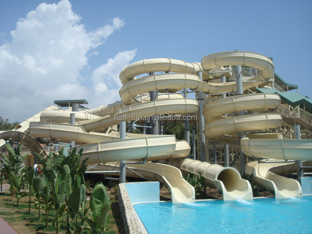 Ext rieure et int rieure piscine parc aquatique for Toboggan piscine adulte