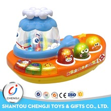 2017 new plastic indoor game set educational small toy boats with music