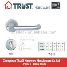 TH011:Stainless Steel Hollow rust prevention door handle with Escutcheon
